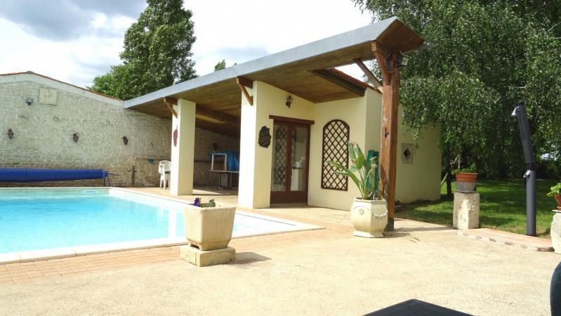 Sale house / villa Mouzeuil st martin 349900€ - Picture 4