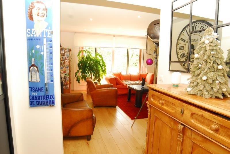 Sale apartment Garches 550 000€ - Picture 1