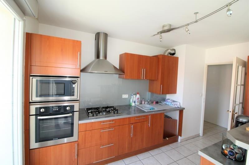 Verhuren  appartement Voiron 707€ CC - Foto 2