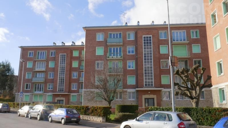 Rental apartment Troyes 524€ CC - Picture 1
