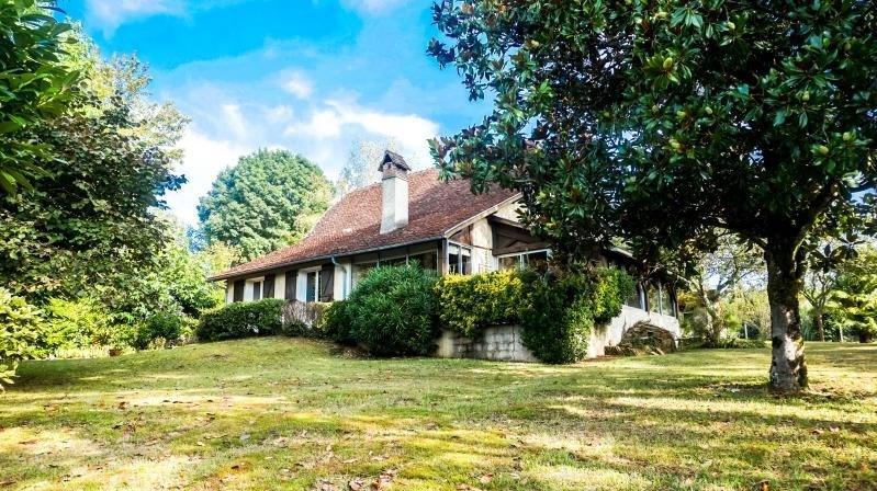 Sale house / villa Sauvagnon 274200€ - Picture 1