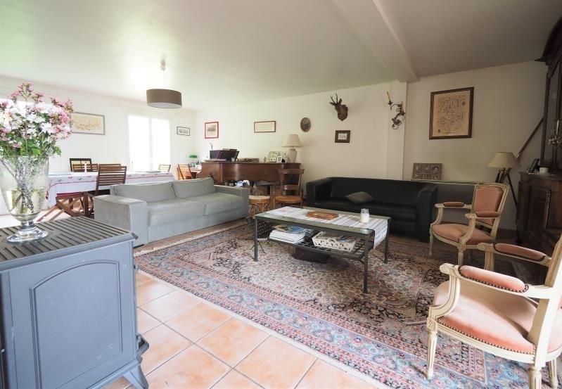 Sale house / villa Fontenay le fleury 550000€ - Picture 1