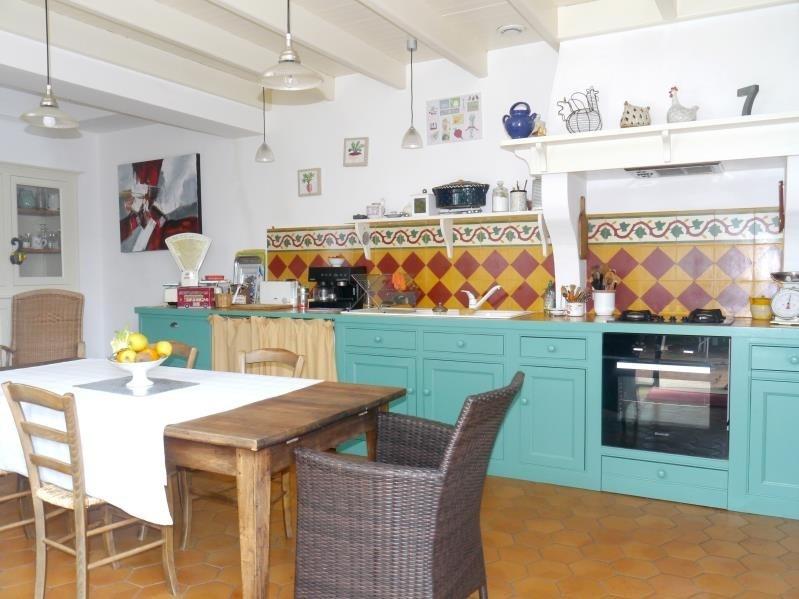Sale house / villa Gemozac 414000€ - Picture 2