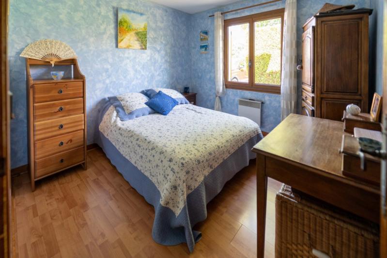Sale house / villa Mennecy 352000€ - Picture 11