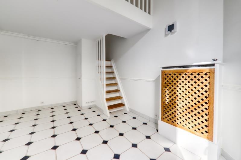 Location appartement Vanves 960€ CC - Photo 2