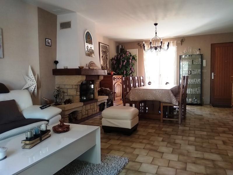 Vente maison / villa Montlouis sur loire 306800€ - Photo 2