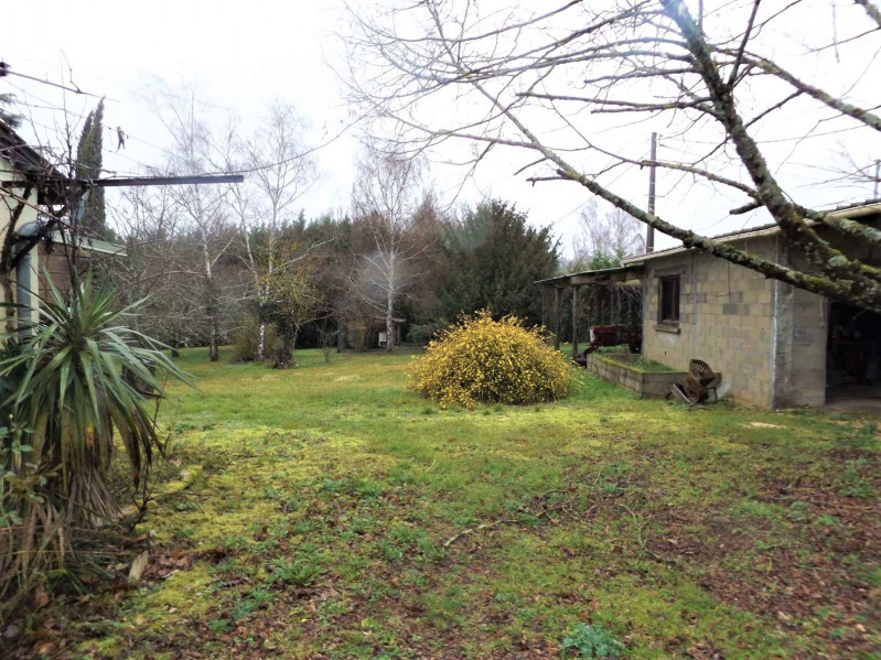 Vente maison / villa Saint-pompont 169000€ - Photo 11