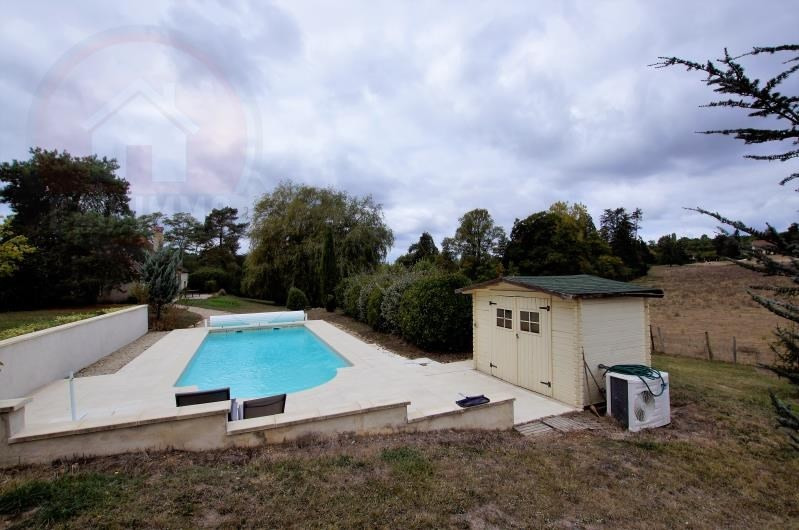 Sale house / villa Les leches 396 750€ - Picture 2