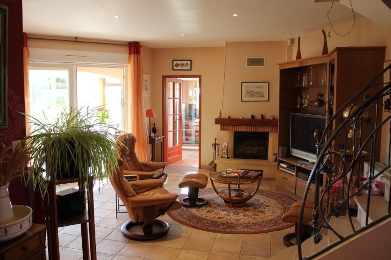 Sale house / villa St andre de cubzac 546000€ - Picture 2