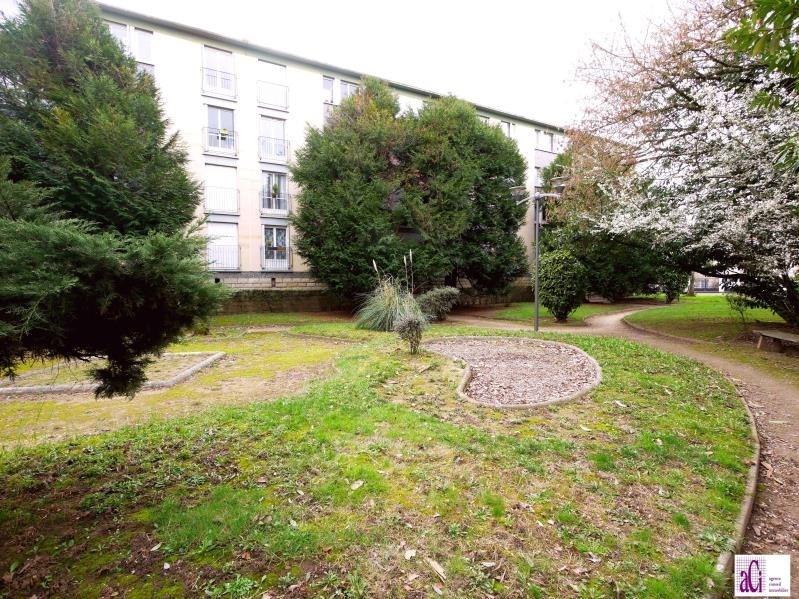 Vente appartement L hay les roses 239000€ - Photo 1