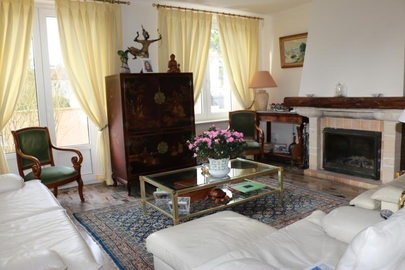 Sale house / villa St nom la breteche 790000€ - Picture 4