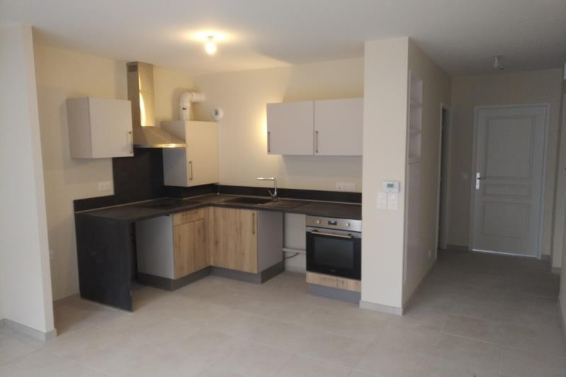 Sale apartment Fontainebleau 87 000€ - Picture 2