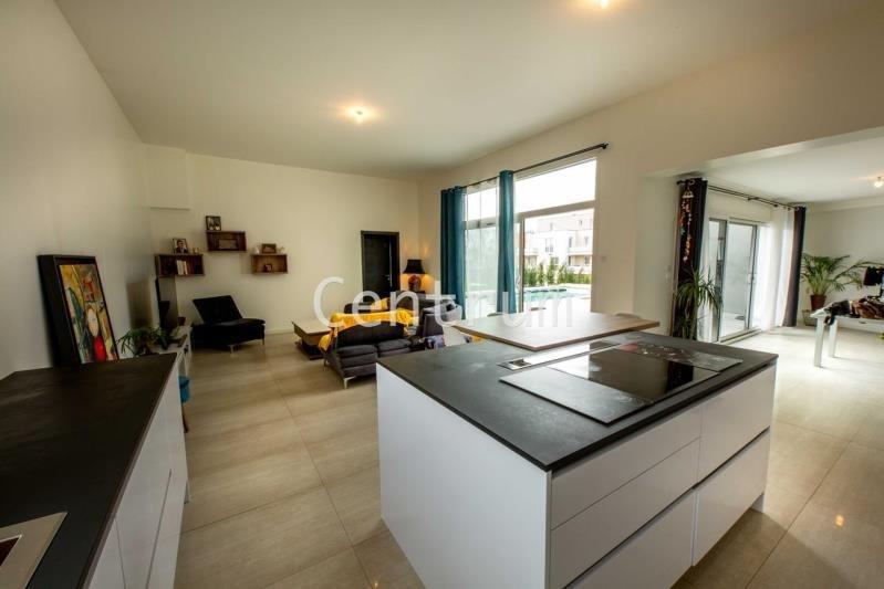 Deluxe sale house / villa St julien les metz 578000€ - Picture 3
