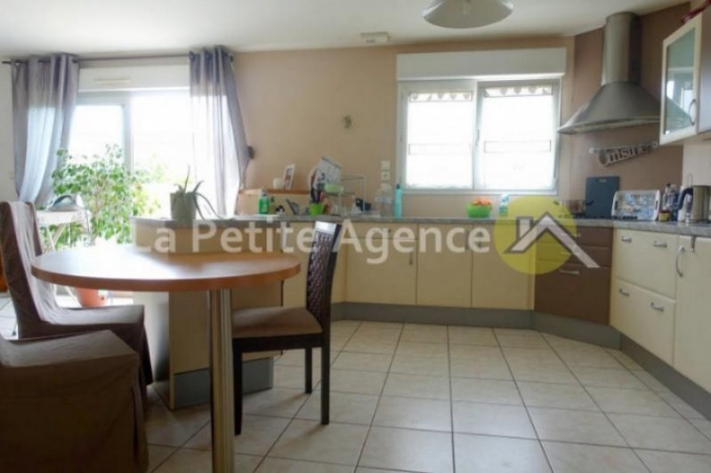 Sale house / villa Meurchin 274 900€ - Picture 2