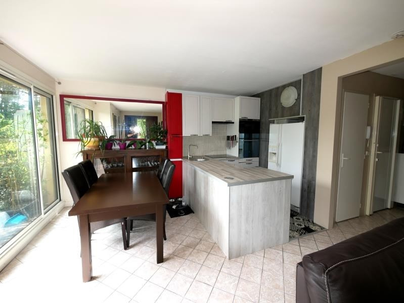 Sale apartment Fresnes 196 000€ - Picture 4