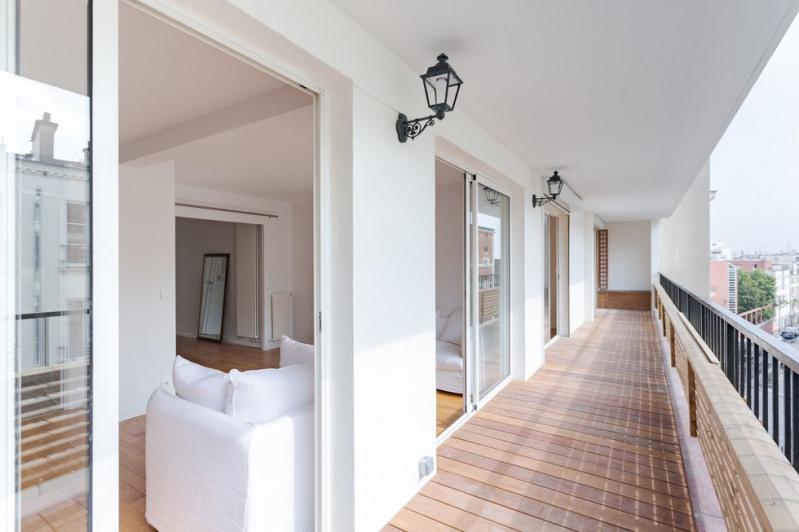 Vente de prestige appartement Paris 18ème 1030000€ - Photo 1