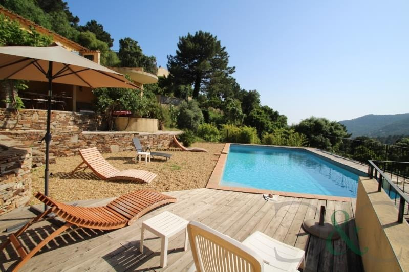 Deluxe sale house / villa Rayol canadel sur mer 795 000€ - Picture 2