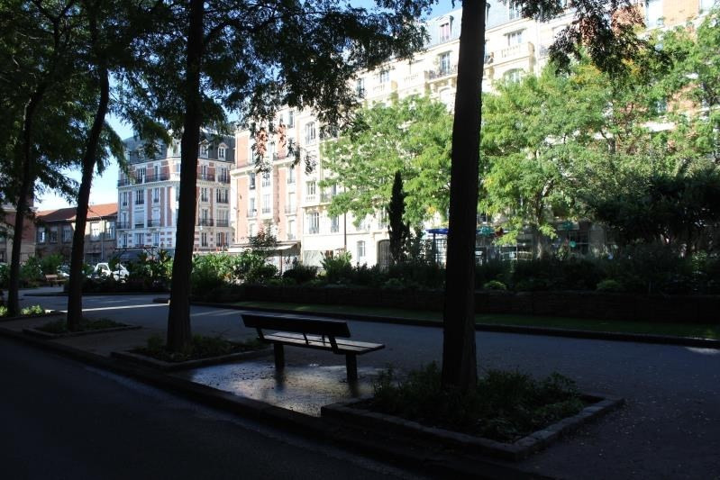 Location local commercial Bois colombes 1450€ CC - Photo 2
