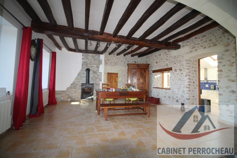 Sale house / villa La chartre sur le loir 202000€ - Picture 3