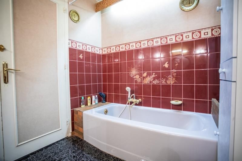 Sale house / villa Pirey 256000€ - Picture 9