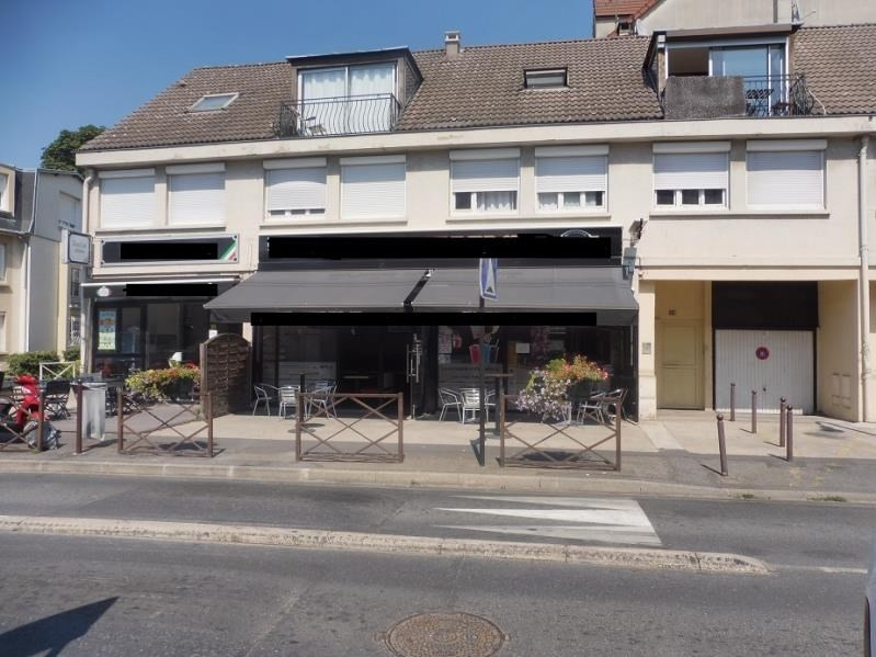 Investment property building Sarcelles 690000€ - Picture 1