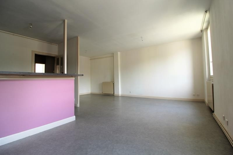 Rental apartment Voiron 651€ CC - Picture 3