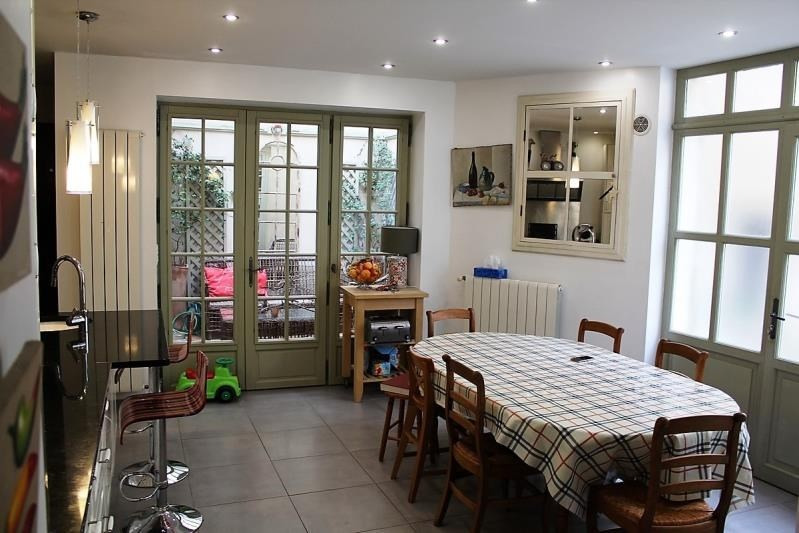 Sale house / villa Villeneuve les avignon 399000€ - Picture 5