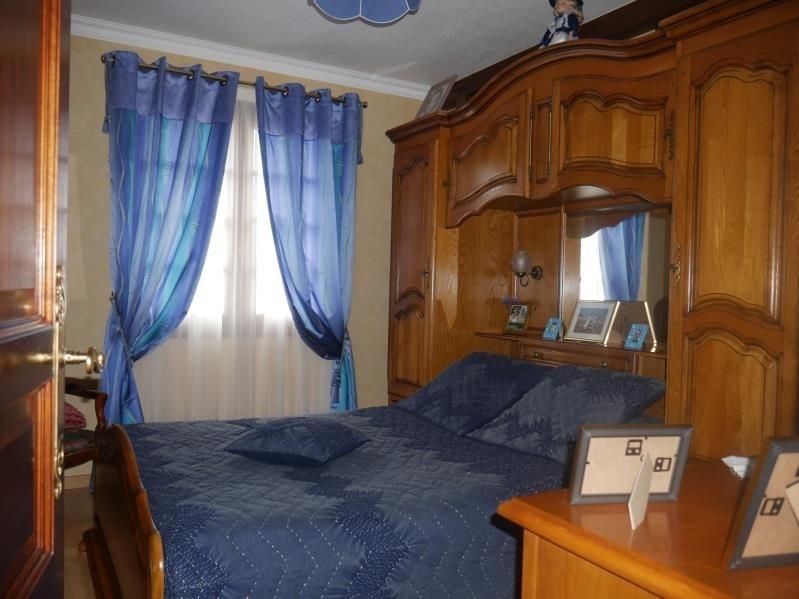 Sale house / villa St hilaire la foret 442000€ - Picture 7