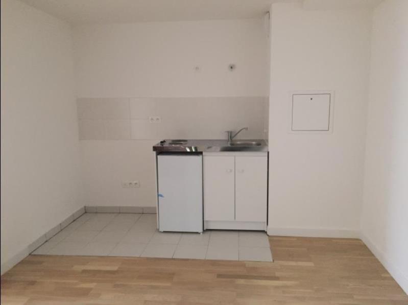 Rental apartment Paris 14ème 1153€ CC - Picture 4