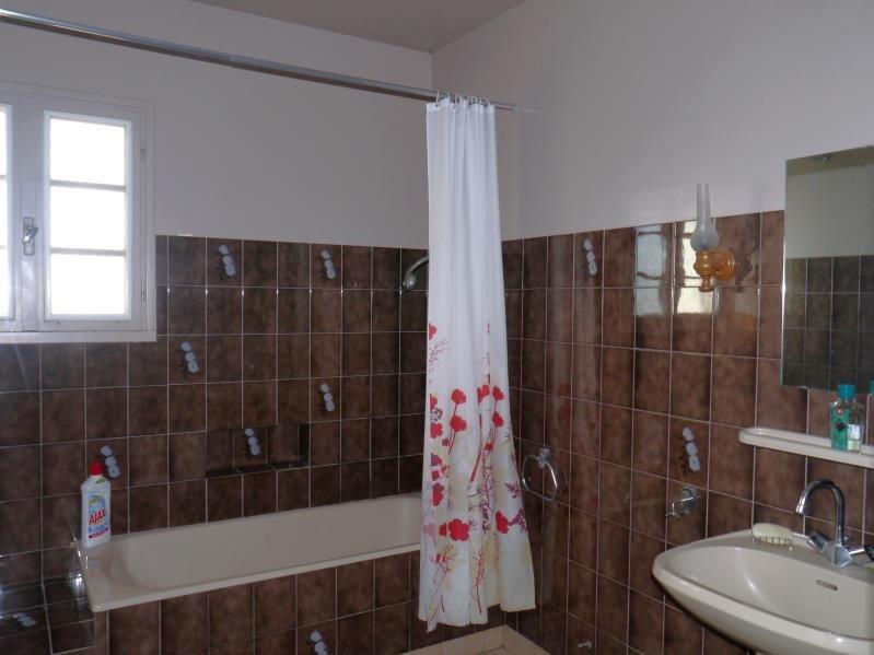 Sale house / villa Mortagne sur gironde 117700€ - Picture 7