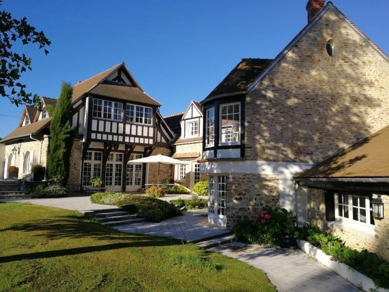 Deluxe sale house / villa Montfort l amaury 2650000€ - Picture 2