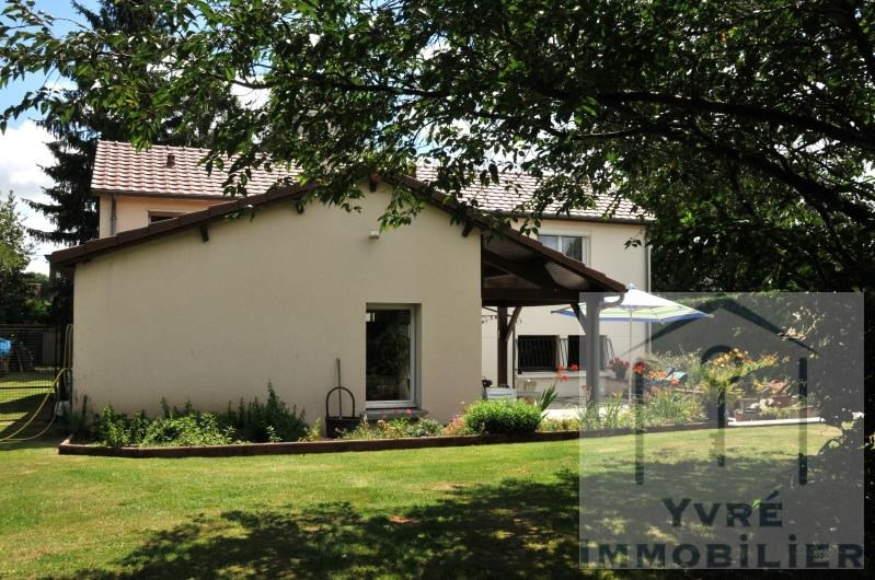 Sale house / villa Yvre l'eveque 374 400€ - Picture 9