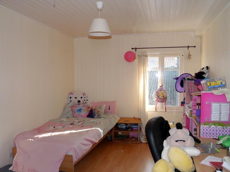 Sale house / villa Pons 117700€ - Picture 8