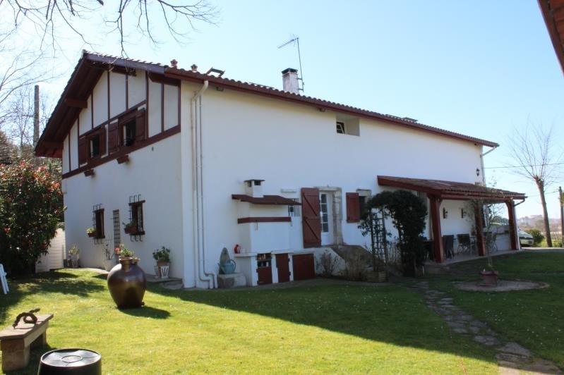 Deluxe sale house / villa Bidart 842000€ - Picture 1