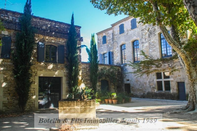Deluxe sale chateau Uzes 1 948 000€ - Picture 2