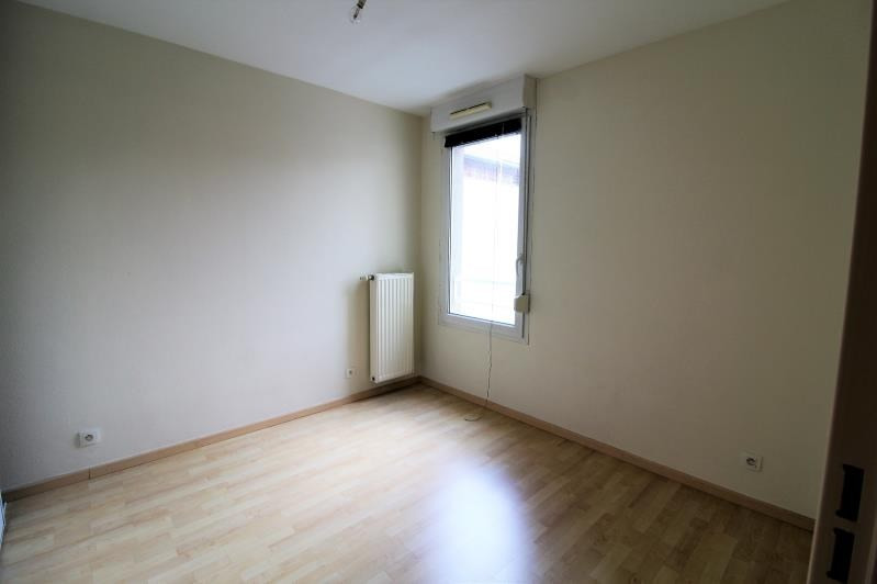 Rental apartment Voiron 856€ CC - Picture 6