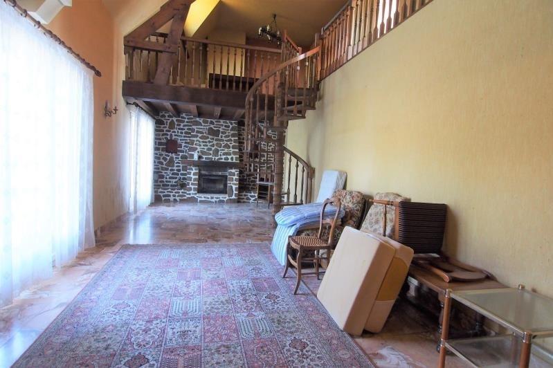 Sale house / villa Change 239000€ - Picture 4