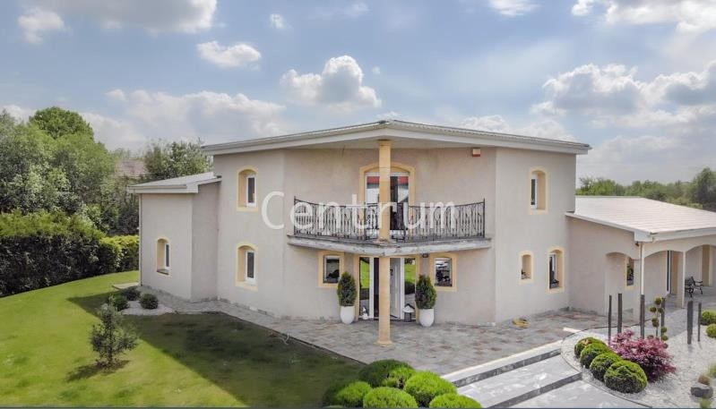Vente de prestige maison / villa Batilly 598 000€ - Photo 1