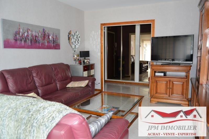 Sale apartment Cluses 179500€ - Picture 3