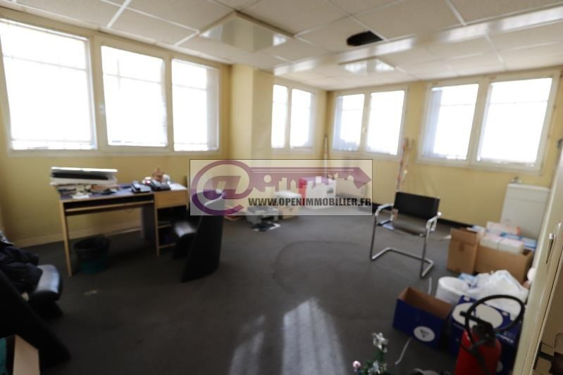Sale empty room/storage Aubervilliers 375000€ - Picture 4