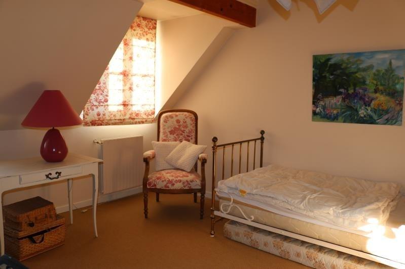 Sale house / villa St nom la breteche 840000€ - Picture 6