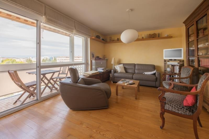Sale apartment Annecy 310000€ - Picture 3