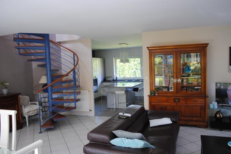 Sale house / villa Teteghem 377000€ - Picture 1