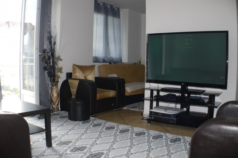 Sale apartment Marseille 9ème 102000€ - Picture 1