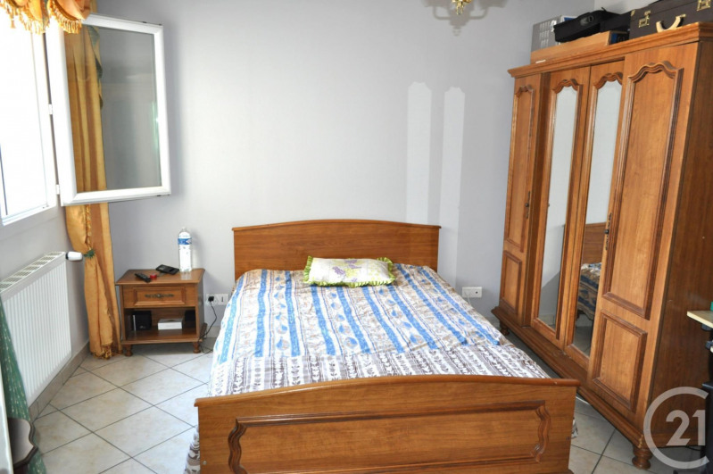 Sale house / villa Venissieux 380000€ - Picture 9