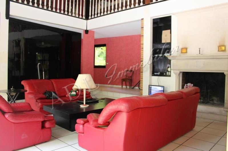 Deluxe sale house / villa Lamorlaye 650000€ - Picture 3