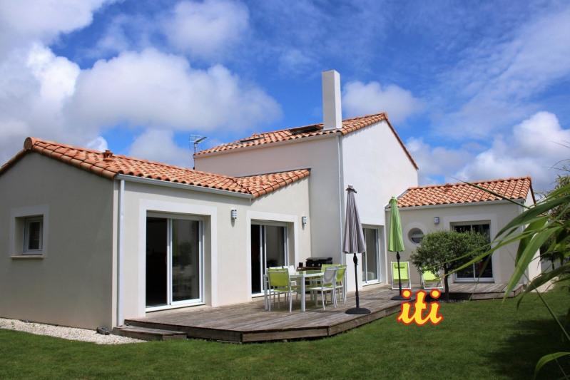 Sale house / villa Chateau d olonne 522000€ - Picture 1