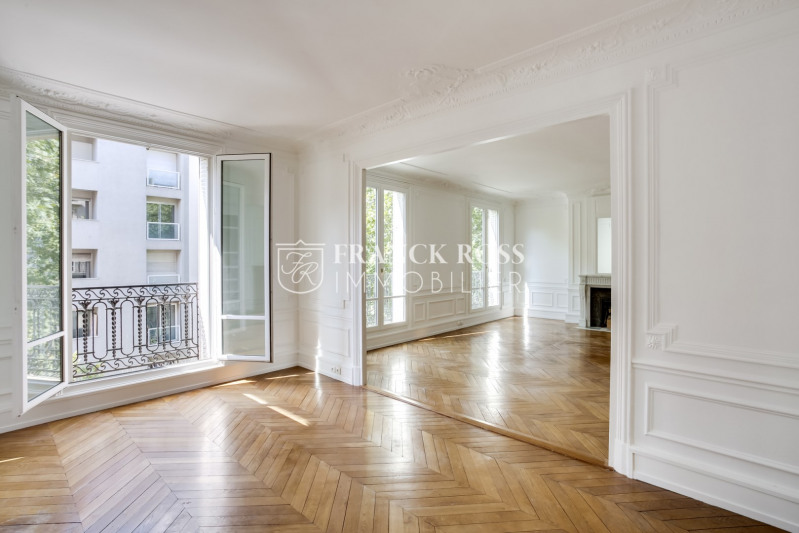 Location appartement Paris 16ème 6 250€ CC - Photo 2