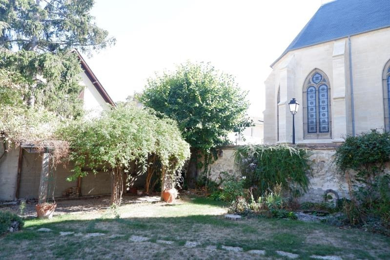 Sale house / villa Le mesnil le roi 780000€ - Picture 2