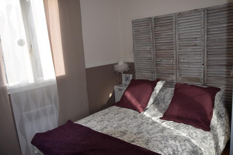 Sale house / villa Fontenay le fleury 379000€ - Picture 6